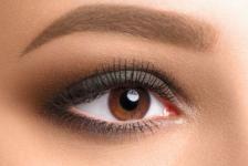 Comment bien maquiller les yeux marron ?